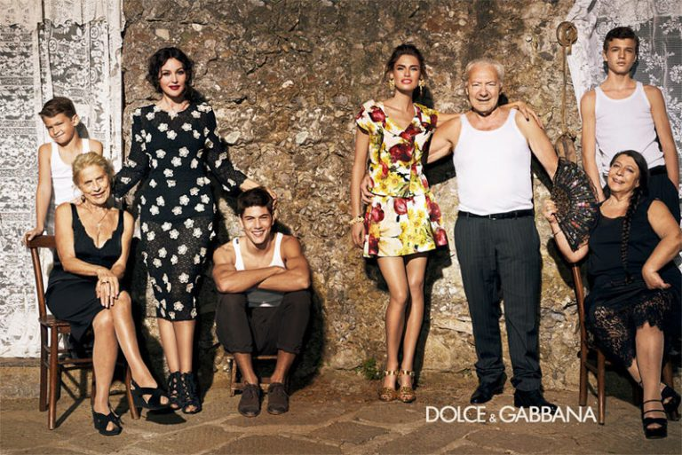 dolce and gabanna customer The brandguide table above concludes the dolce and gabbana (d&g) swot analysis along with its marketing and brand parameters similar analysis has also been done for the competitors of the company belonging to the same category, sector or industry.